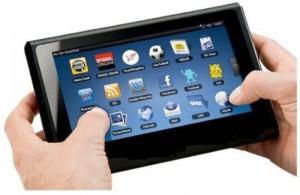 metade dos brasileiros acessam internet pelo celular ou tablet